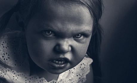 Злая девочка