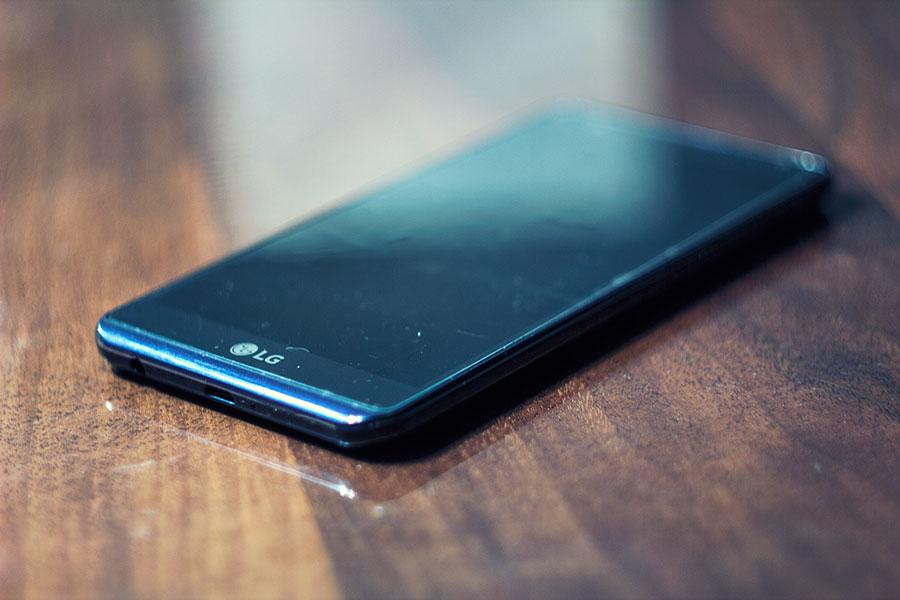 Смартфон LG X-Power